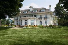 Bratenahl Real Estate - 9619 Lake Shore Blvd, Bratenahl, OH, 44108