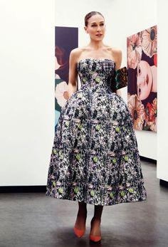 Perfecto este vestido de DIOR para Raf Simons | SS 2014 ♥ #SJP #moda #cursopersonalshopper Si quieres formarte como #personalshopper infórmate en nuestra web: http://www.psschool.es/