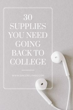 Back-to-School Shopping List: 30 Supplies You Need as a Student in College - Sincerely, Ms. Back To College Supplies, Going Back To College, Back To School Shopping, Back To Uni, College Checklist, College List, Online College, College Supply List, Dorm List
