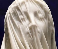 Lady Under The Veil: Statue of the Blessed Virgin Mary in marble by Strazza - viola. Sculpture Du Bernin, Sculpture Romaine, Bernini Sculpture, Baroque Sculpture, Sculpture Garden, Metal Sculptures, Abstract Sculpture, Under The Veil, Gian Lorenzo Bernini