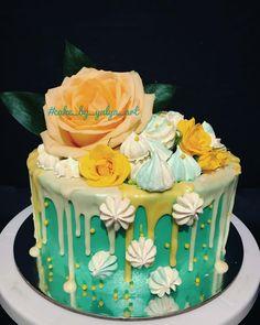 29 отметок «Нравится», 1 комментариев — Торты Алматы by Yulya Art (@cake_by_yulya_art) в Instagram: «Цветочный красавец для моей любимой подруги, завтра будет праздник . . #cake_by_yulya_art #cake…»