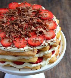 Aardbeien tiramisu taart - Laura's Bakery