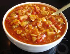 Sauce provençale - Food and health - Salade Dutch Recipes, Soup Recipes, Cooking Recipes, Bbq Marinade, Vegan Recepies, I Want Food, Pesto, Tapenade, Other Recipes