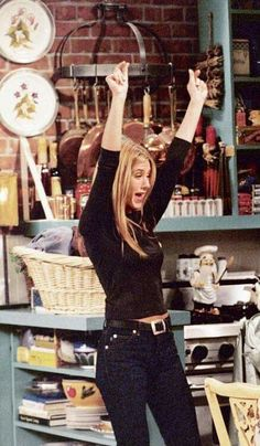 You are in the right place about rachel green outfits halloween Here we offer you the most beautiful Estilo Rachel Green, Rachel Green Outfits, Rachel Green Style, Rachel Green Friends, Rachel Green Hair, Friends Tv Show, Friends Mode, Friends Cast, Jennifer Aniston 90s