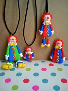 Colorful clowns !