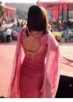 Best 11 Pink Indian dress #Sikhism #PunjabiDress #Fashionofpunjab