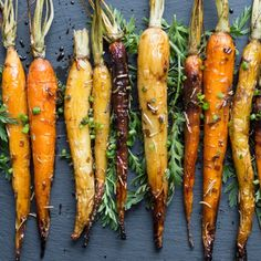 Roasted Carrots with Balsamic Glaze. Roasted Carrots with Balsamic Glaze: this delicious splendidly sweet side dish is made with farmer's market fresh tri-colored carrots Vegetarian Side Dishes, Healthy Side Dishes, Vegetable Side Dishes, Vegetable Recipes, Vegetarian Recipes, Healthy Sides, Vegan Meals, Vegan Desserts, Healthy Recipes