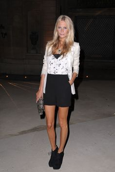 Celebrity Style Inspiration -- Poppy showed off her gams in a chic shorts combo at Hogan by Karl Lagerfeld.
