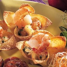 Shrimp Wonton Cups - The Pampered Chef® Wonton Appetizers, Shrimp Wonton, Wonton Recipes, Appetizer Recipes, Snack Recipes, Cooking Recipes, Easy Recipes, Yummy Appetizers, Food Shrimp