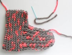 Gina Michele: Snow Day Slippers [knitting pattern]