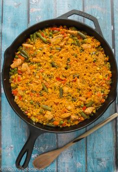 Chicken with Rice Spanish Style - Arroz con Pollo Recipe on Yummly Rice Recipes, Mexican Food Recipes, Chicken Recipes, Dinner Recipes, Cooking Recipes, Ethnic Recipes, Recipe Chicken, Recipies, Casserole Recipes
