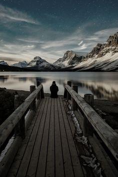 Bow Lake, Alberta Rockies. Canada