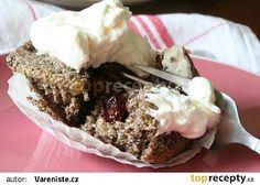 Makové muffiny s brusinkami recept - TopRecepty.cz Pie, Desserts, Food, Torte, Tailgate Desserts, Cake, Deserts, Fruit Cakes, Essen