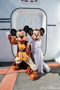 Jedi Mickey and Princess Leia Minnie Disney World Fotos, Disney World Pictures, Cute Disney Pictures, Disney Collage, Disney Dream, Disney Love, Disney Magie, Orlando, Disney World Characters
