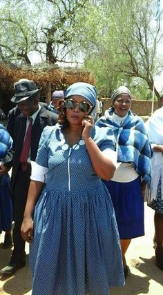 African Attire, African Dress, Shweshwe Dresses, Xhosa, Diy Clothes, Dress Patterns, Casual Wear, Dress Skirt, Latest Fashion