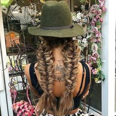 Braid goals – All About Hairstyles Amber Rose Hair, Rose Gold Hair, Long Fringe Hairstyles, Latest Hairstyles, Ghd Hair, Gold Hair Colors, Hair Mask For Growth, Hair Inspo, Hair Goals