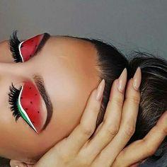 Eye Makeup Tips – How To Apply Eyeliner – Makeup Design Ideas Makeup Eye Looks, Eye Makeup Art, Colorful Eye Makeup, Crazy Makeup, Pretty Makeup, Skin Makeup, Eyeshadow Makeup, Eyeliner, Makeup Jobs