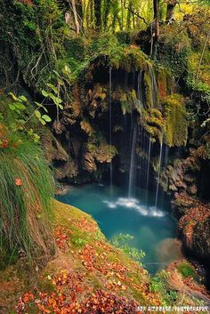Magical waterfall in nature love - waterfallslove Oh The Places You'll Go, Places Around The World, Places To Travel, Beautiful World, Beautiful Places, Bon Plan Voyage, Spain Travel, Destination De Reve, Natural Wonders