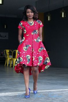 Latest Creative and Adorable Ankara styles that will inspire you and help improve your fashion sense. Best African Dresses, African Attire, African Fashion Dresses, African Print Fashion, Africa Fashion, Nigerian Dress, Ankara Styles For Women, African Blouses, Ankara Dress