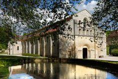Abbaye de Fontenay - Côte d'Or - France L'église abbatiale