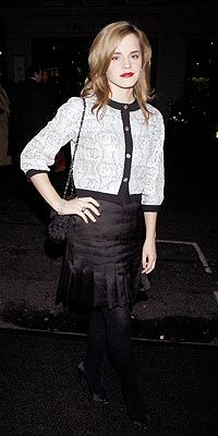 Who made Emma Watson's jacket and black skirt that she wore in London? Jennifer Hudson, Kate Hudson, Black Lace Gown, Gucci Gown, Emma Watson Style, Marisa Miller, Denise Richards, Katie Holmes, Eva Longoria