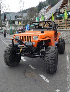 Orange lifted Jeep YJ Topless - Beautiful!