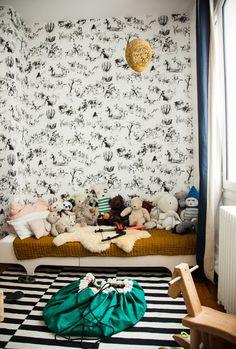 chambre d'enfant papier peint toile de joie pierre frey