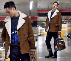 Get this look: http://lb.nu/look/8622297  More looks by Chris Su: http://lb.nu/chrissu82  Items in this look:  Zara Jacket, Kenzo Sweater, Valentino Bag