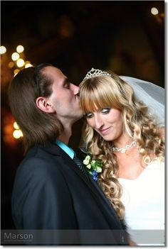 ..romantic wedding at a castle Sychrov of two people in love, that they look beautiful ?  have a nice summer day :-)