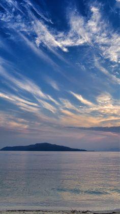 22 Sept. 6:22 能古島(Nokono island)上空の秋の雲です。 ( Morning Now at Hakata bay in Japan )