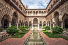 Patio de las doncellas, Real Alcázar de Sevilla, España.