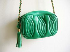 kelly green quilted purse