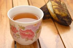 This tea is tastier than pills or black tea, and it doesn't need added sugar. Banana peel tea contains 5-HT and 5-HTP,[1][2] the latter bein...