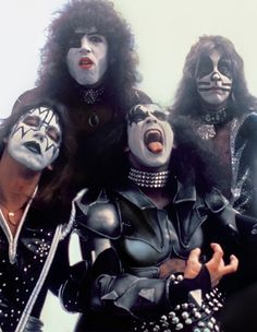 Kiss Band, Kiss Rock Bands, I Love It Loud, Kiss Me Love, Kiss Pictures, Kiss Images, Eric Singer, Kiss Group, Hair Metal Bands