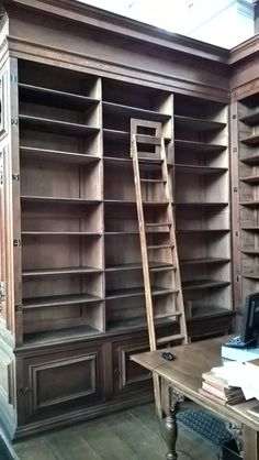 Two bays in the Wren (Bay K and Bay II) were emptied to make room for Crewe books. All books previously shelved in bay K and bay II were moved to the Library's Cage, in the basement. Trinity Library, Bays, Ladder Bookcase, Wren, Summer 2016, Cambridge, Shelving, Basement, College