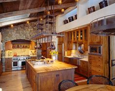 Western Kitchen Decor.. Wow that island is amazing