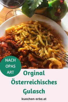Ein echter Klassiker der österreichischen Küche! Worauf es wirklich ankommt und wie ein gutes Rindsgulasch gelingt, erfährst du am Blog. Austria, Blog, Cooking Recipes, Napkins, World, Blogging