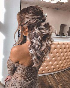 Half Up Wedding Hair, Long Hair Wedding Styles, Wedding Hairstyles For Long Hair, Fancy Hairstyles, Wedding Hair And Makeup, Hairstyles For Bridesmaids, Short Hair, Wedding Hairstyles Half Up Half Down, Sweet 16 Hairstyles