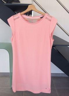 À vendre sur #vintedfrance ! http://www.vinted.fr/mode-femmes/robes-midi/28222166-robe-rose-taille-m-bonobo