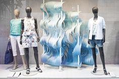 005-esprit-may-2014-spring-window-display