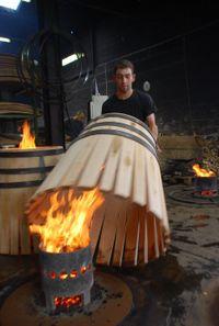 cooper barrel making Woodworking Power Tools, Diy Woodworking, Whiskey Barrels For Sale, Wine Barrels, Wine Cellar, Art O Mat, Beer History, Wood Waste, Burgundy Wine