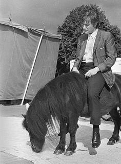 Андрей Миронов. Принц на чёрном коне. 1974 г.