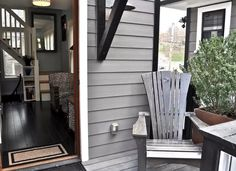There Are Three (!) Stories Squeezed Into This Skinny Home