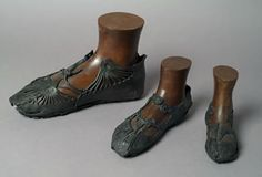 Roman shoes found between 1979 and 1982 during archaeological excavations at Bar Hill fort on the Antonine Wall. Roman soldiers built the Antonine Wall across Scotland in the years AD 139-141.