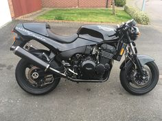 T 300, Triumph Speed Triple, Cafe Racers, Cool Bikes, Biking, Motorbikes, Tractors, Passion, Motorcycle
