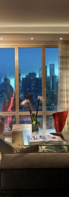 New York Penthouse - Pepe Calderin Design New York Penthouse, Duplex New York, Luxury Penthouse, Penthouse Apartment, Luxury Apartments, York Apartment, City Apartments, Appartement Design, New York Homes