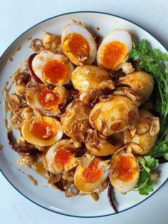 Thai Food Menu, Clean Recipes, Healthy Recipes, Eat Thai, Authentic Thai Food, Cambodian Food, Thai Curry, Good Food, Yummy Food