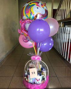 Birthday Diy, Birthday Presents, Birthday Cards, Birthday Parties, Weird Gifts, Birthday Breakfast, Unicorn Art, Candy Bouquet, Food Gifts