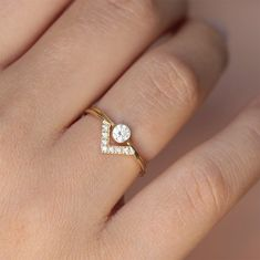 Mariage ensemble - anneau de diamant rond Simple & Pave Diamond V ring - 18k or