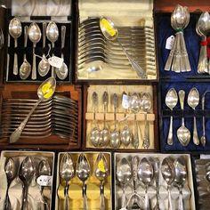 A part of stock of silver Plate  #auvieuxchaudron#antiques#antiquites#vintage#shabbychic#deco